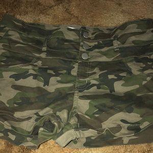 No Boundaries Shorts - Camo shorts